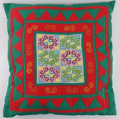 """Embroidered Pillow Patchwork Quilt Style Christmas Red Green Gold 15"""" Square GVC"""