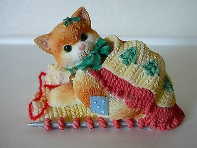 """Cute Calico Kittens """"Friendship Covers The Holidays"""" 1997 Priscilla Hillman"""