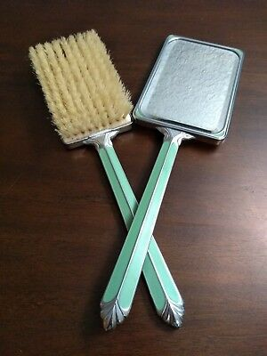 Vintage Brush & Mirror matching set in beautiful condition - Antique