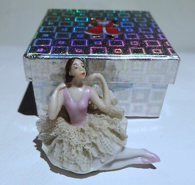ANTIQUE GERMAN*FIGURAL BALLERINA LADY*GERMANY*PORCELAIN DOLL w/ LACE~GIFT BOX~