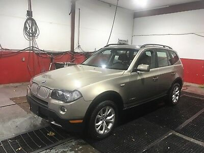 2009 BMW X3 3.0i 2009 BMW X3 Fully Loaded, 6 Speed Manual, Navigation System, Fully Serviced.