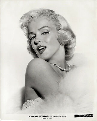 Gorgeous Glamour Portrait Photograph Marilyn Monroe How To Marry A Millionaire