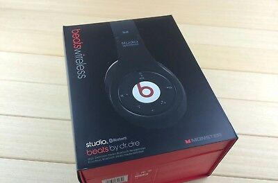 Studio Wireless Over-ear Headphones - Black Beats Wireless Pro Studio Solo