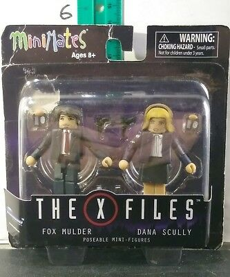 x files Mulder and scully minimates