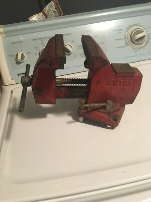 "Pre-owned WILTON 5"" Jaws 4-1/4"" Opening Bench Vise W/ Swivel Base"