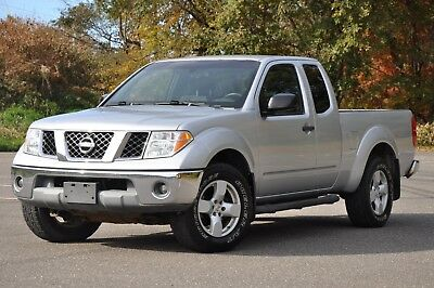 2005 Nissan Frontier Extended Cab FRONTIER - 4X4 - Extended Cab - V6 - 4.0L - NISSAN - Clean Carfax - NO RESERVE