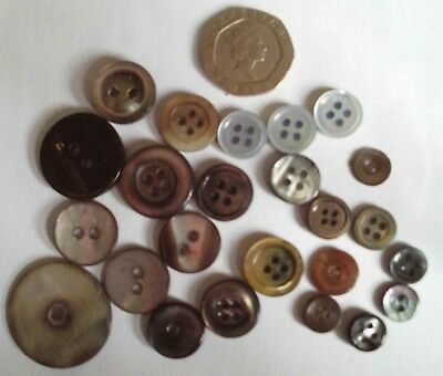Mixed lot vintage mother of pearl 4 & 2 hole buttons - dark - 25-9 mm diameter