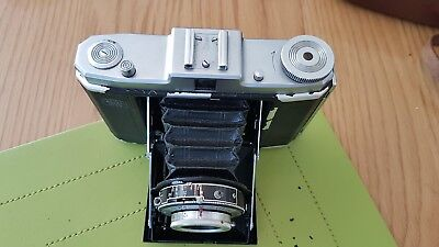 Camera vintage Zeiss Ikon nettar With Case.