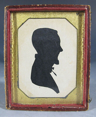 Antique c 1810 Hollowcut Silhouette Man Profile Right Pearls Museum #12 yqz