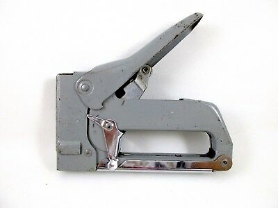 Vintage SWINGLINE #101 TACKER Staple Gun