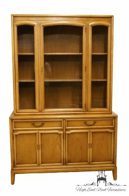 "DREXEL Eastrend Collection Italian Provincial Tuscan 48"" China Cabinet 958-420-2"