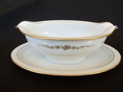 Noritake Goldcourt  6843 Gravy Sauce Boat Bowl with attached underplate