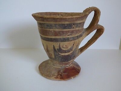 ANCIENT GREEK DAUNIAN CUP c. 6th cent BC. RARE FORM AND DECORATION