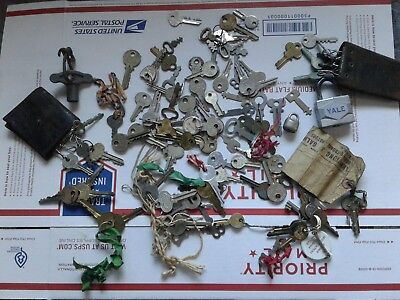 Over 100 Vintage And Antique Keys
