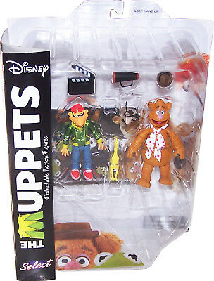 DISNEY MUPPET SHOW Actionfiguren (Muppets Select) Wave 1: Fozzie with Scooter