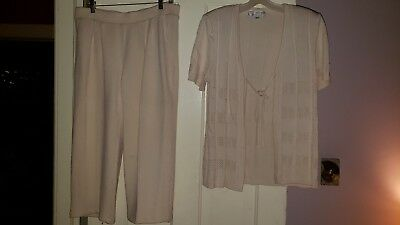 St.John Collection by Marie Gray Cream Beige Pants and Sweater Set Size 10