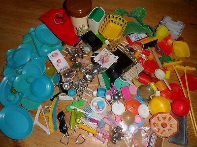 Big Lot of Accessories for Sindy Dolls House.