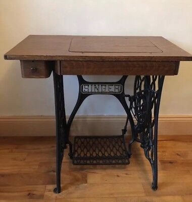 Vintage Singer Sewing Machine Table With Cast Iron Base, Draws And Treadle Foot