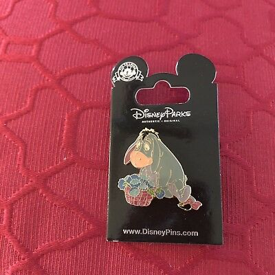 disney pin lot 10 Pins