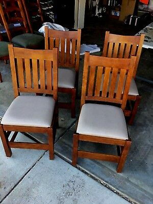 Set Of 4 Stickley V Back Side or Dining Chairs