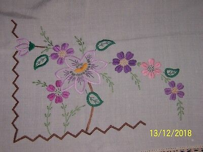 Vintage small white table cloth with embroidered flowers crochet edge 86cm x84cm