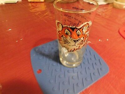 "1 Vintage ESSO Gas Oil ""Put a Tiger in Your Tank"" Advertising Glass in Languages"