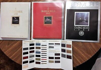 1988 Oldsmobile Cars Full Color Sales Brochure