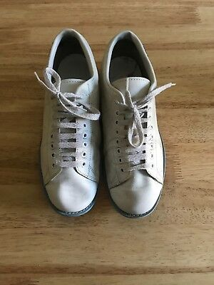 AMF Bowling Shoes Size 8 White And Blue
