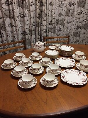 Minton 'Ancestral' Bone China Tea Service Set For 10 People [29 Pieces in total]