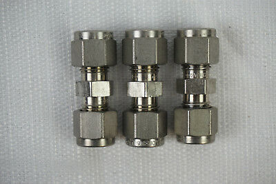 """(Lot of 3) Swagelok SS-400-6 Stainless Steel Union Fitting 1/4"""" x 1/4"""" New"""