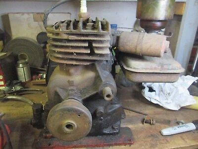 Antique Briggs and Stratton Model 5S Motor, Gas Engine.
