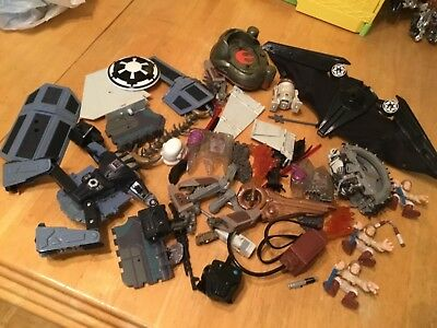 small Star Wars mixed lot (a few figures/transformer/weapons/broken pieces parts