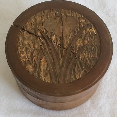 Turned Wooden Collar Box - Floral pattern on Lid