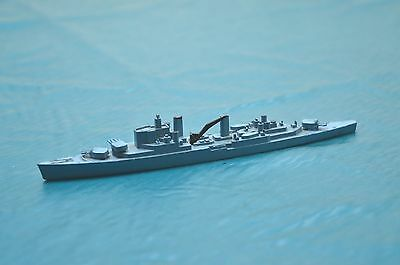 Triang Minic Ships  M.752 H.m.s. Superb