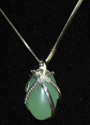 "Beautiful Agate Pendant With A Sterling Silver Chain 18"" -  Very Nice"