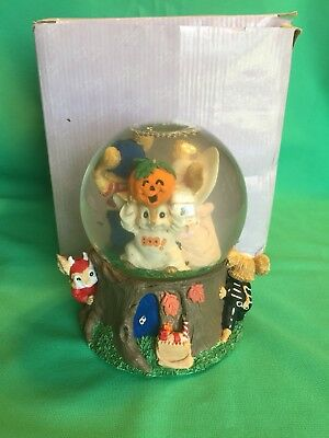 Halloween San Francisco Music Box Co. Water Ball Globe Funeral March Marionettes