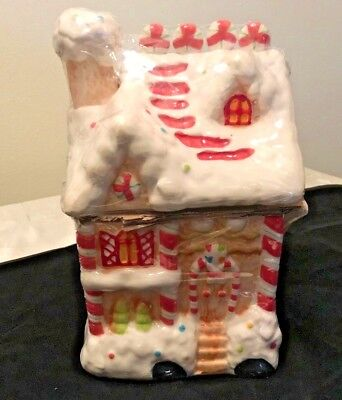 Gingerbread House Cookie Jar Brand New / Still in Shrink Wrap