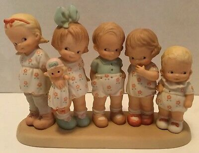 Memories Of Yesterday Sharing The Common Thread Of Love Enesco Figurine Mint
