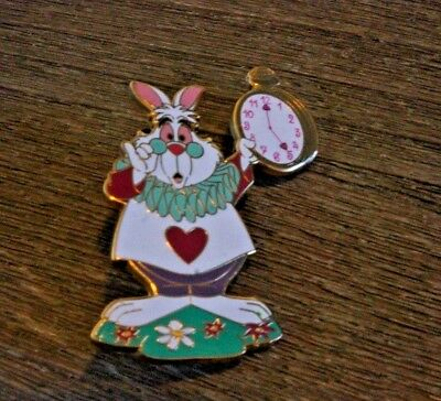 Pin Trading Disney Pins Alice in Wonderland White Rabbit Disneyland Paris Clock