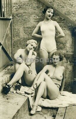 Photo Erotic antic vintage rear butt art nude breasts girlfriends pin-up 463