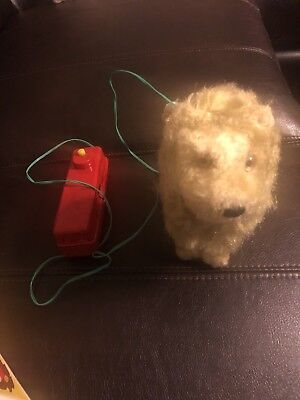 Vintage Remote Control Walking Lion Made In Japan.  With Original Box.