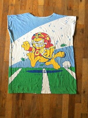 Garfield Football T Shirt - Unisex - One Size Fits Most