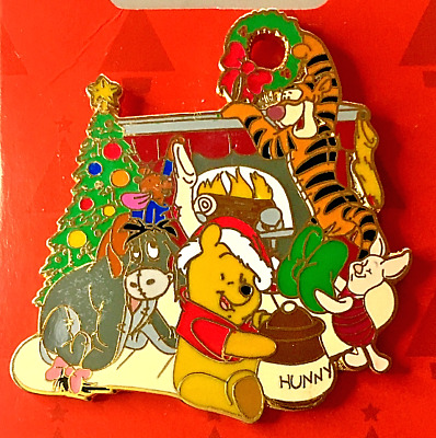 Disney's Winnie The Pooh, Tigger, Eeyore, Piglet Pin on Christmas Card Brand New