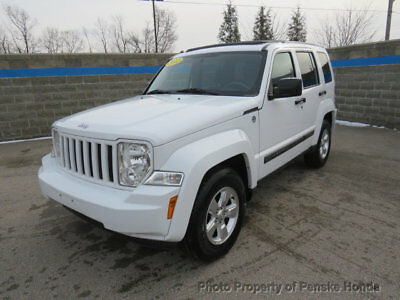 2011 Jeep Liberty 4WD 4dr Sport 4WD 4dr Sport SUV Automatic Gasoline V6 Cyl Bright White