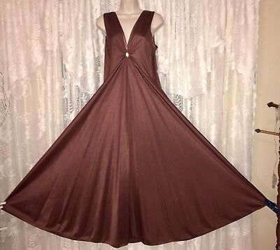 Vtg DEENA Chocolate Brown Lucie ann styling KEYHOLE Nightgown Negligee Gown M L