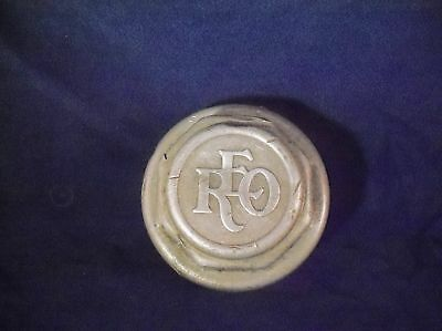 Vintage Ransom Eli Olds REO Hubcap Grease Cap Dust Cover Wheel Center