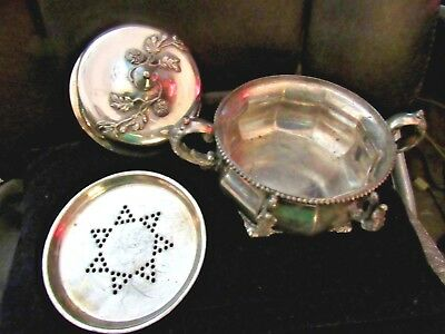1900> 3 Pc LIDDED & FOOTED BUTTER / CHEESE SERVING IMPLEMENT w/STORAGE BASE BOWL