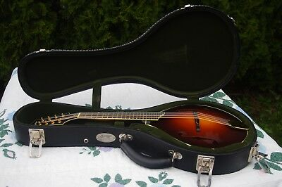 Collings MT2-R mandolin 2002 with case