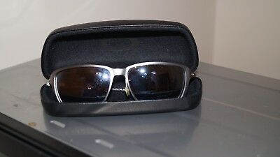 USED Oakley Sunglasses missing arm Case in ex condition No Reserve