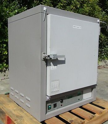 VWR Shal-Lab 1350FM Laboratory Lab Forced Air Oven with Channel Cables